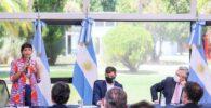 Mayra-Alberto-y-Axel-anunciaron-urbanizacion-de-Azul