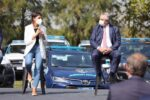 Mayra-y-Alberto-en-entrega-de-moviles-y-llegada-de-mil-gendarmes-4
